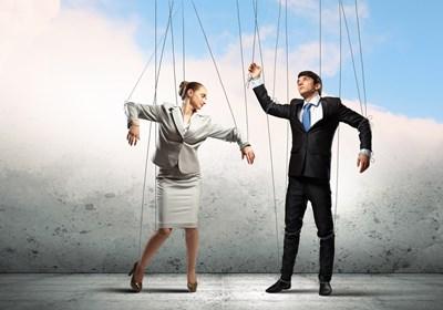 仕事が原因でうつになる人の特徴